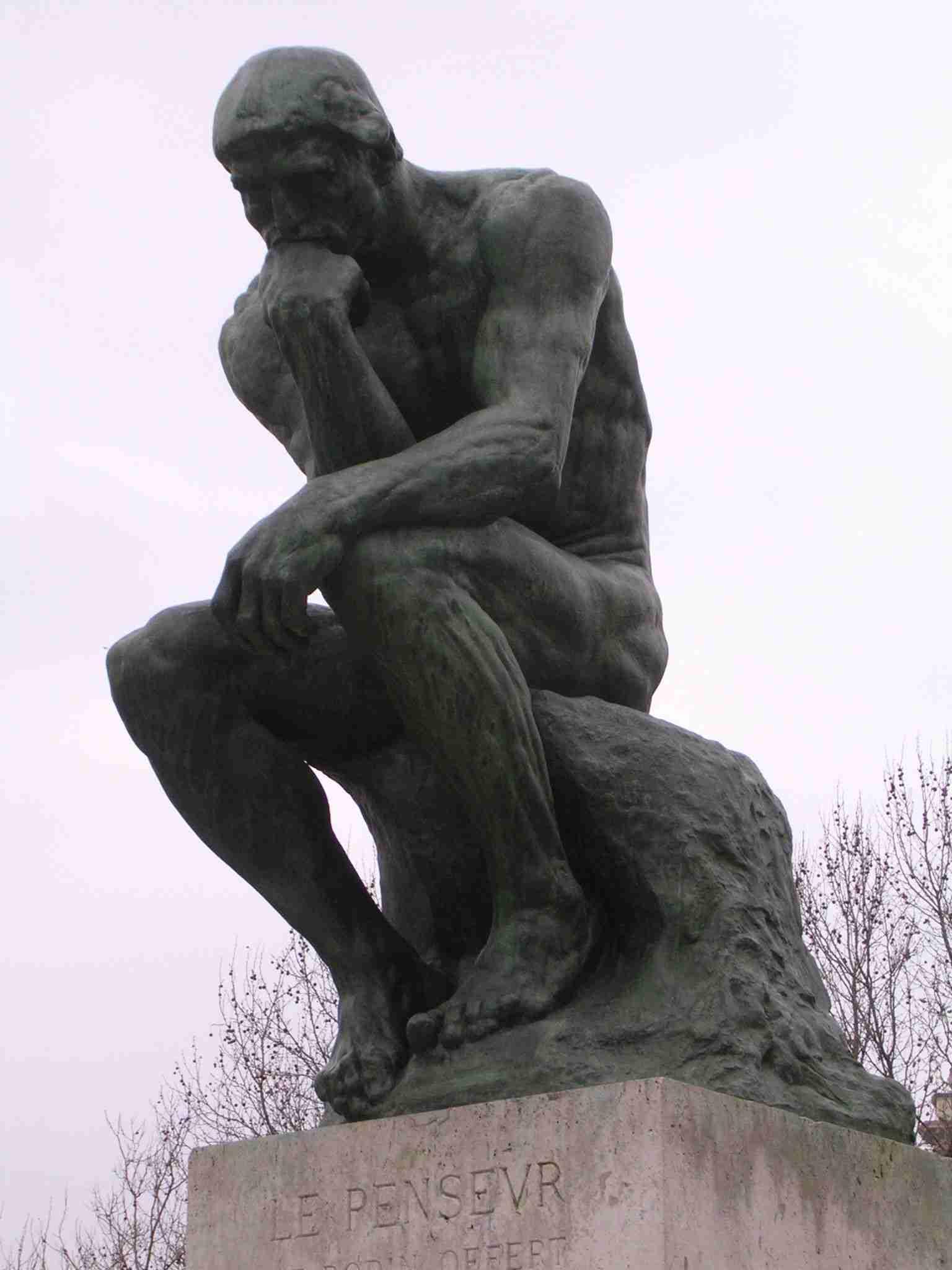 """(""""O Pensador"""", de Rodin) Autoconfiança pode ser medida, aumentada e gerar benefícios"""