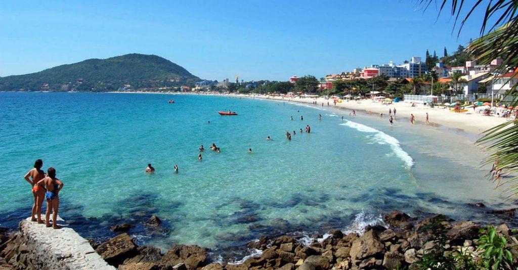"""Bombinhas é conhecida como """"Paraíso do Mergulhador"""""""