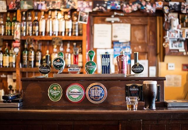 clima na irlanda para viagem pub