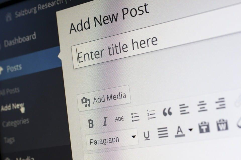 Como ganhar dinheiro com blog e ainda se divertir