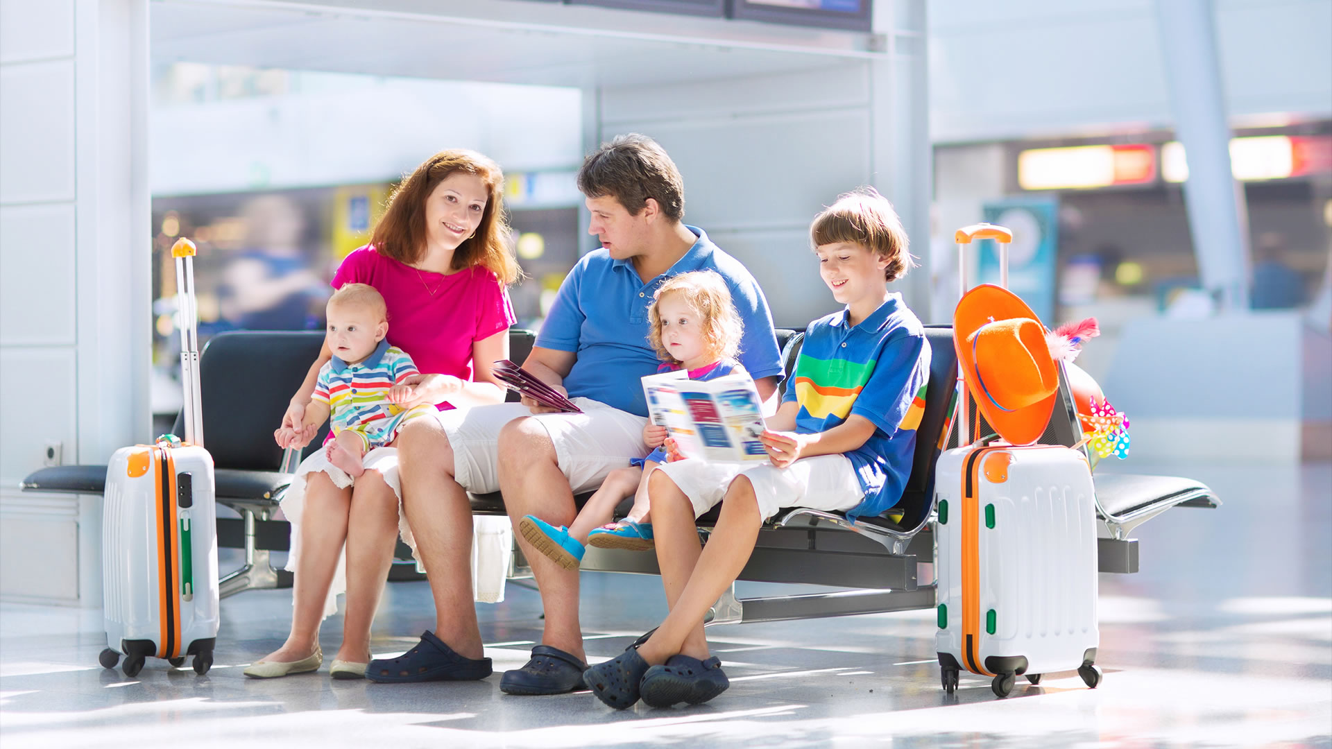 pessoas familia aeroporto