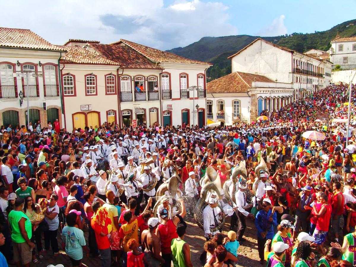 Resultado de imagem para carnaval ouro preto 2017