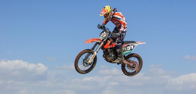 esportes-radicais-urbanos-motocross