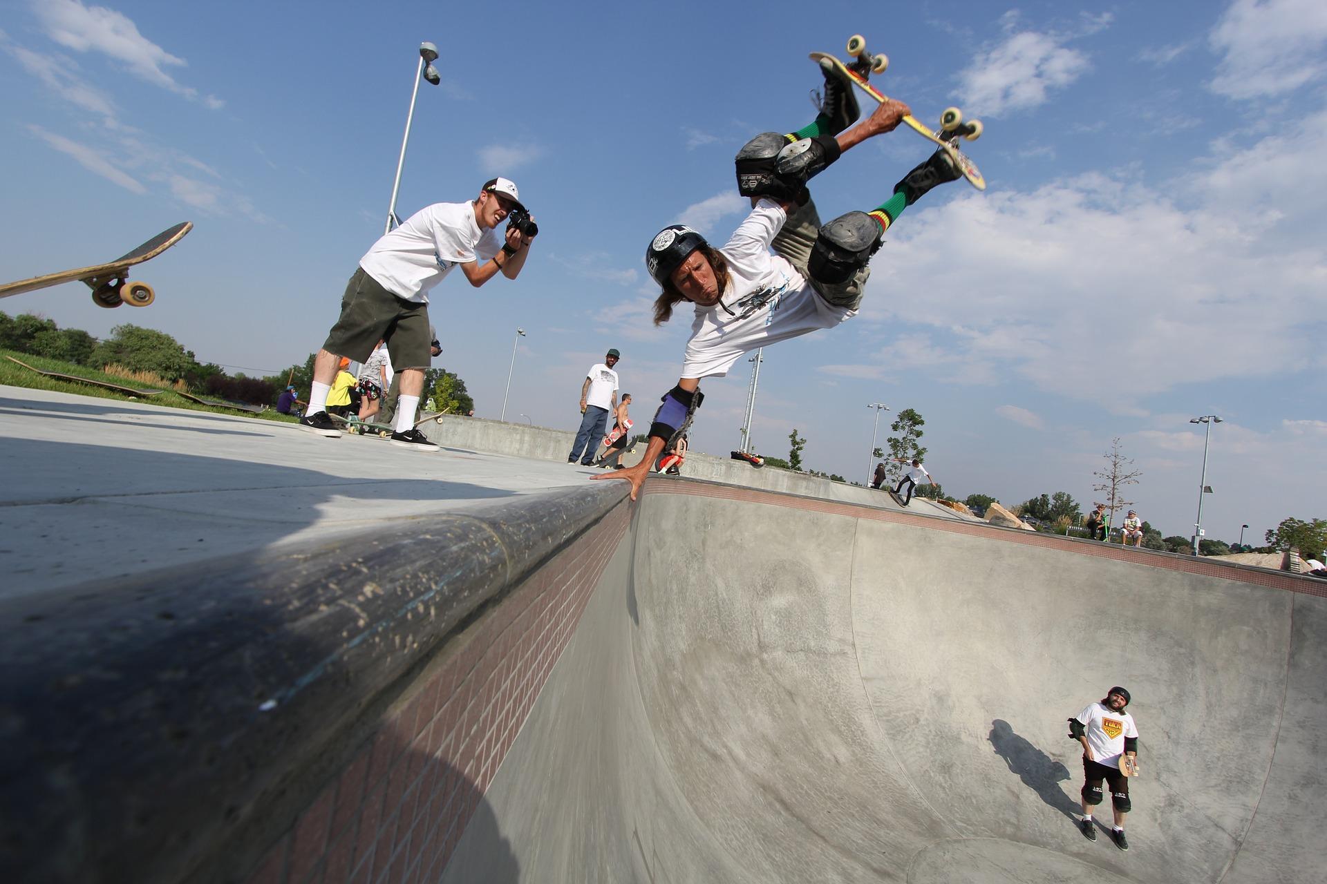 Todo equipamento de segurança é essencial, principalmente para quem vai aprender a andar de skate.