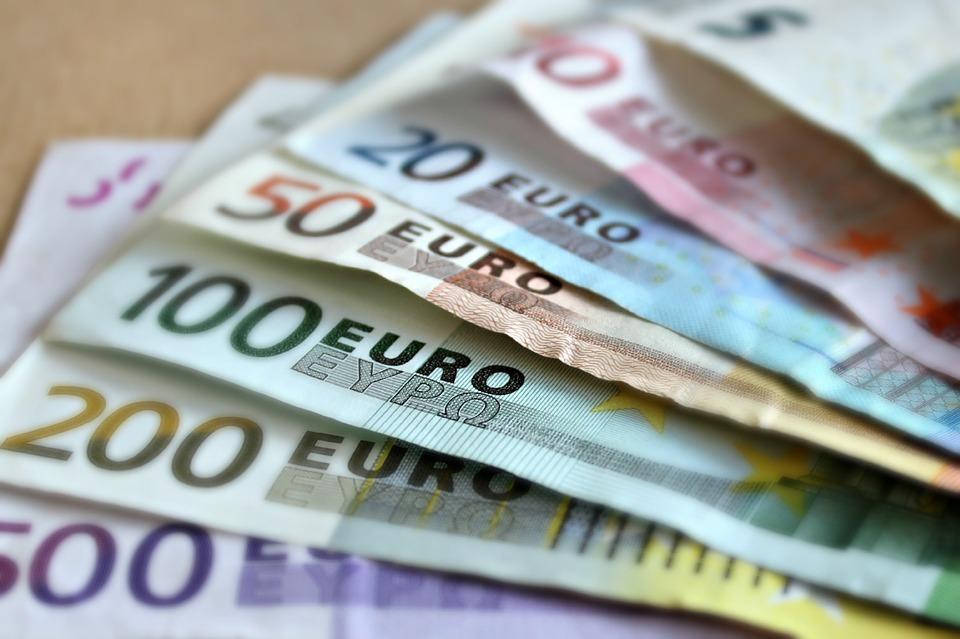 países que lideram o ranking para trabalhar como estrangeiro - euro