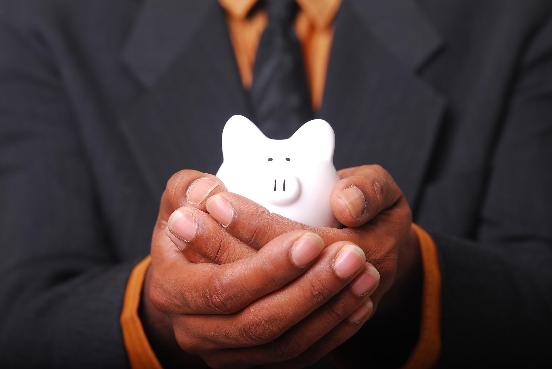 Crie o hábito de poupar, mesmo que seja pouco