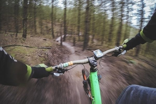 esportes de aventura na natureza