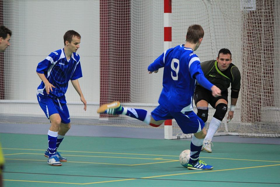 futebol - esportes para praticar em família em 2017