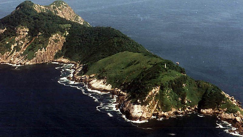 ilha-da-queimada-grande