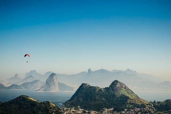 lugares para saltar de paraquedas no Brasil em 2017