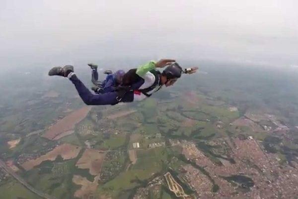 lugares para saltar de paraquedas no mundo em 2017