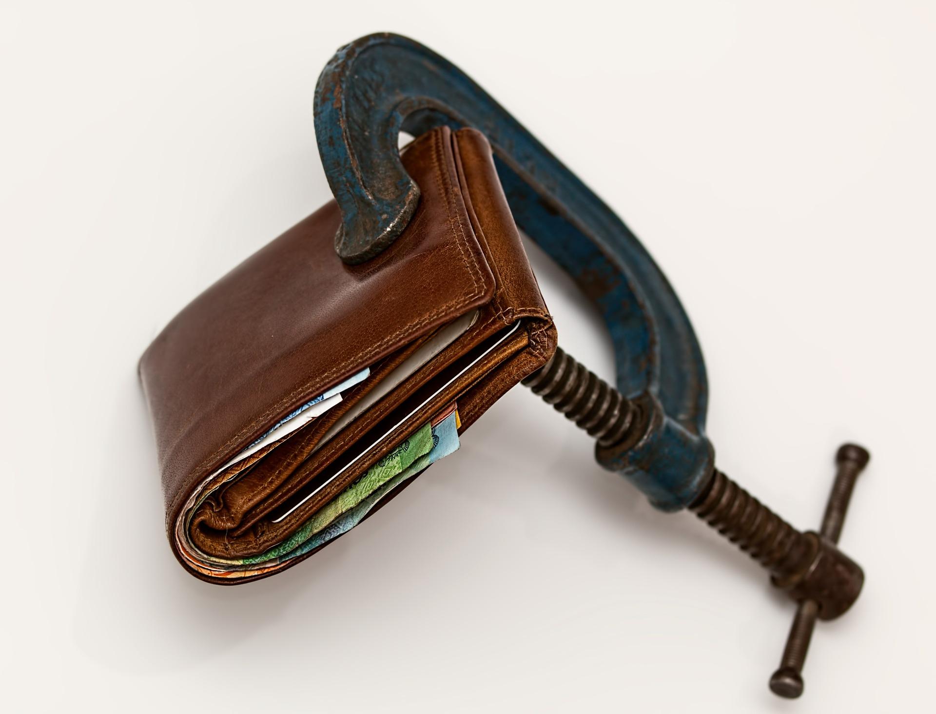Corte gastos desnecessários