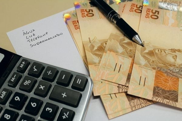 economizar dinheiro ganhando pouco