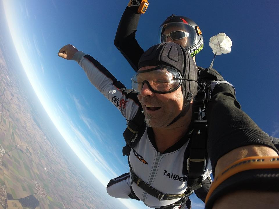 Paraquedismo - esportes radicais individuais