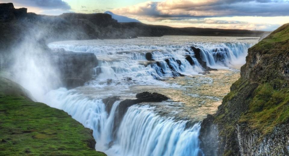 Cataratas de Gullfoss natureza turismo na Islândia