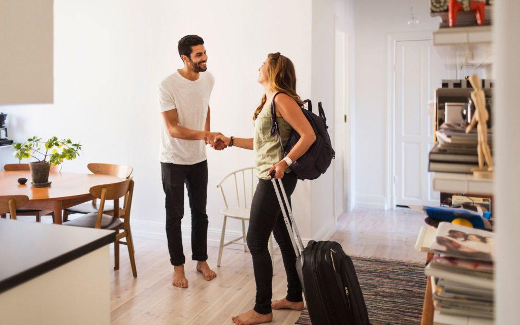 Airbnb alugar um quarto aumentar sua renda hoje
