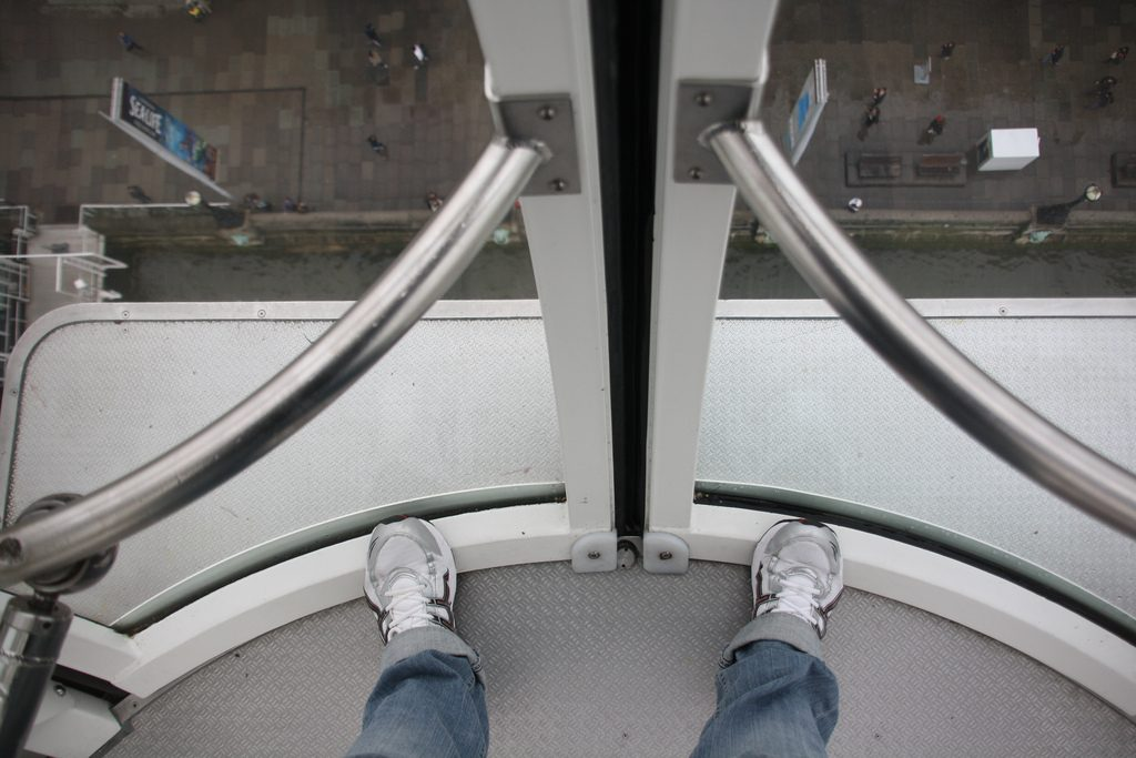 não olhar para baixo medo de altura