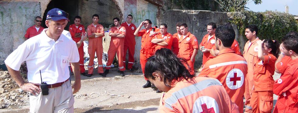 cruz vermelha trabalho voluntário no exterior