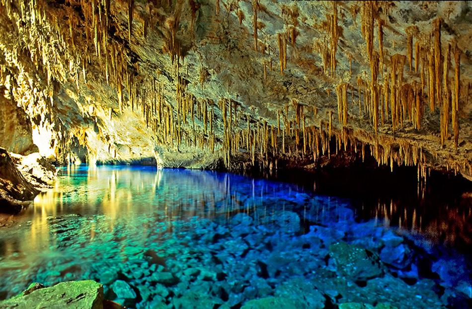 Cavernas do Brasil - Gruta do Lago Azul