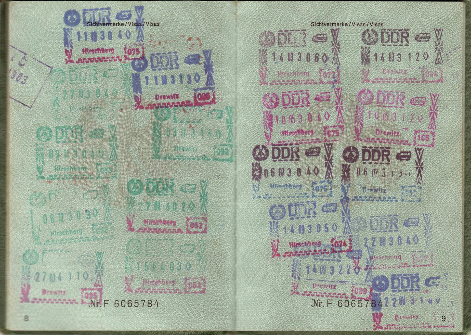 documentos que podem ser necessários ao entrar em Portugal.