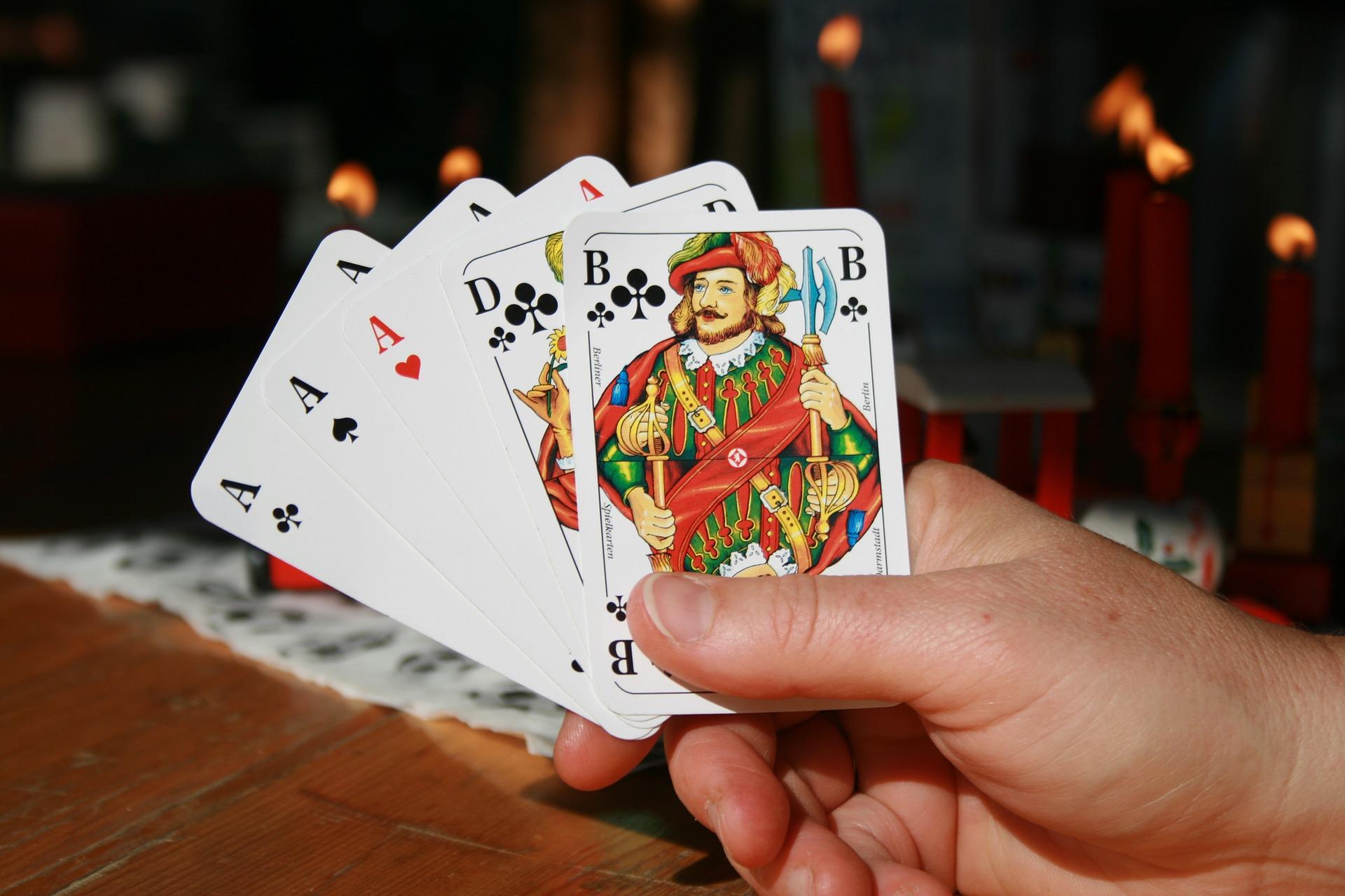 Ganhar dinheiro apostando online poker online