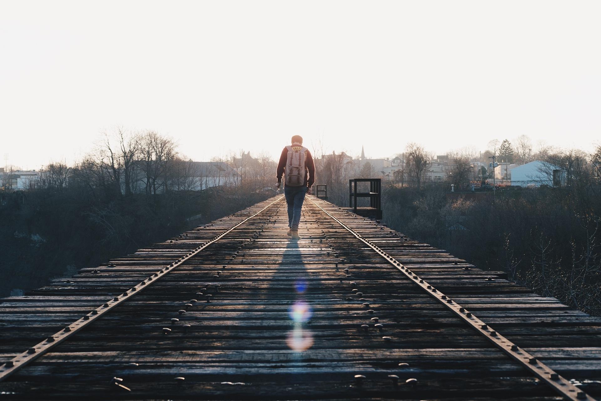 embarcar em uma jornada sozinho