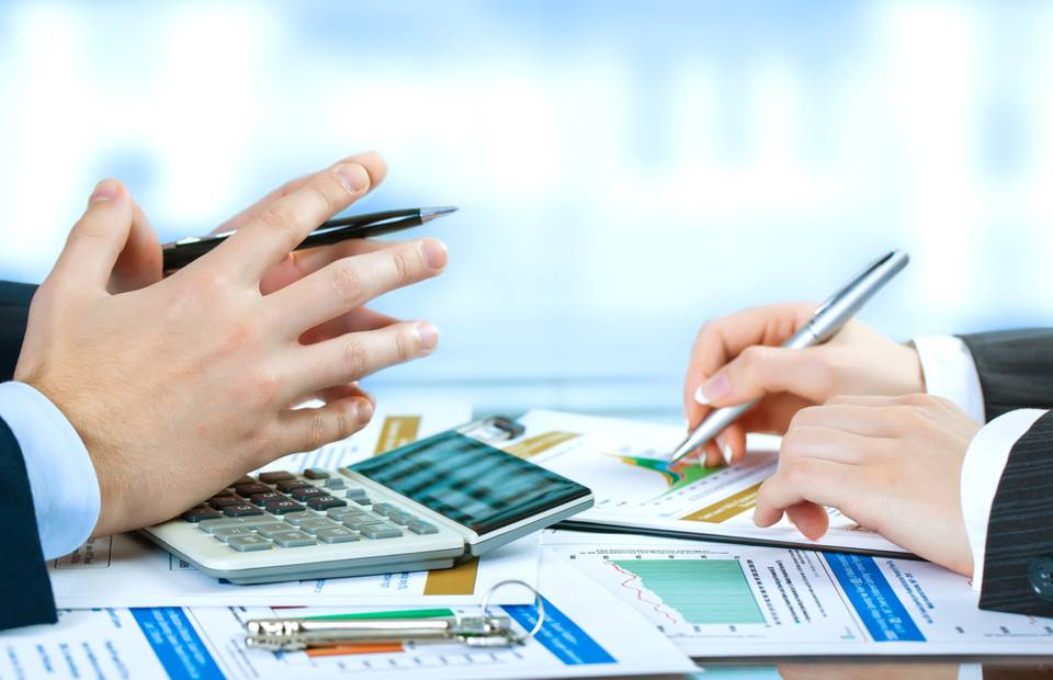 vale a pena variar ou começar investir tesouro direto é seguro