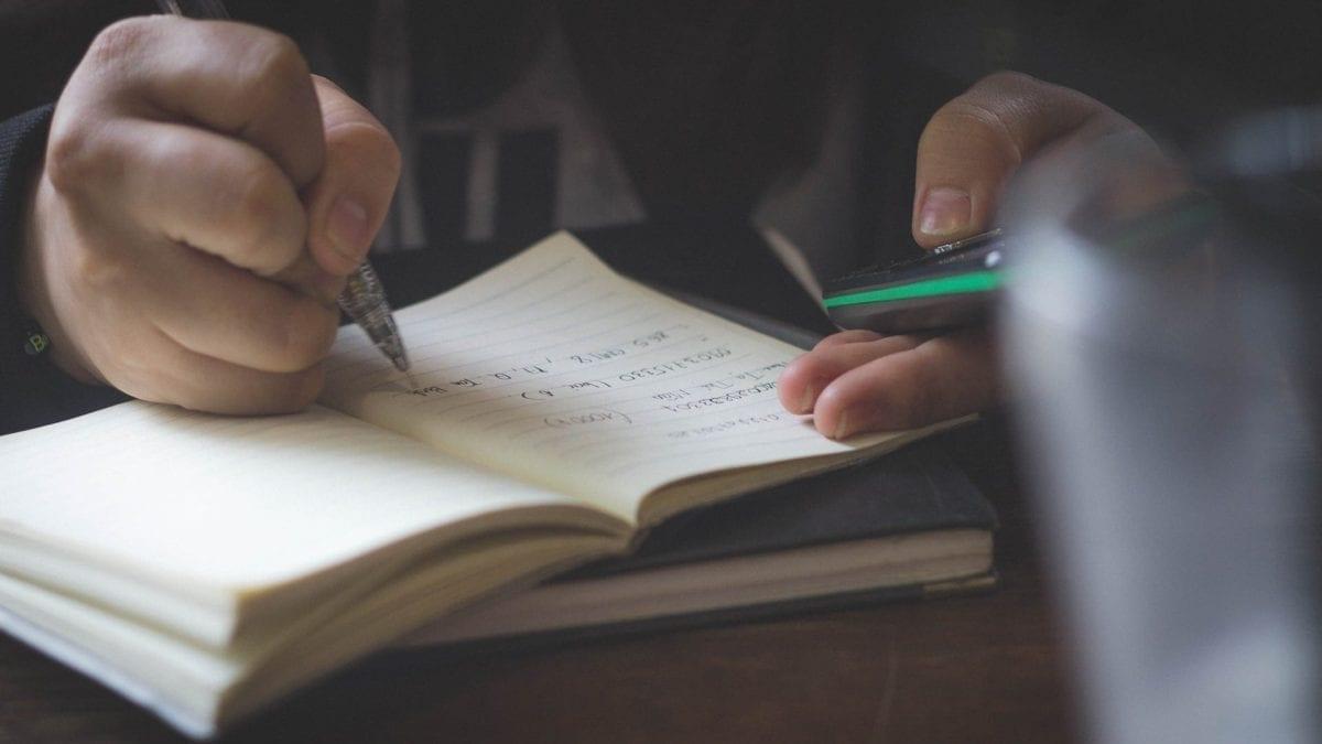 Descubra como acabar com a preguiça de estudar em 2017