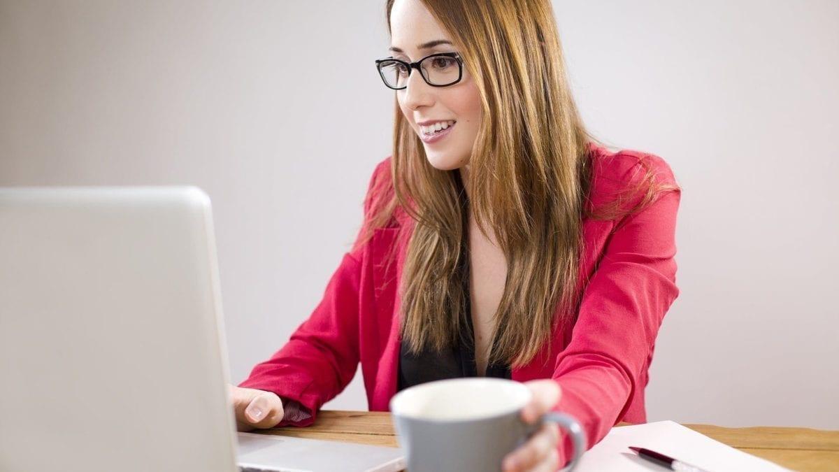 10 formas de como ganhar dinheiro no conforto de seu lar