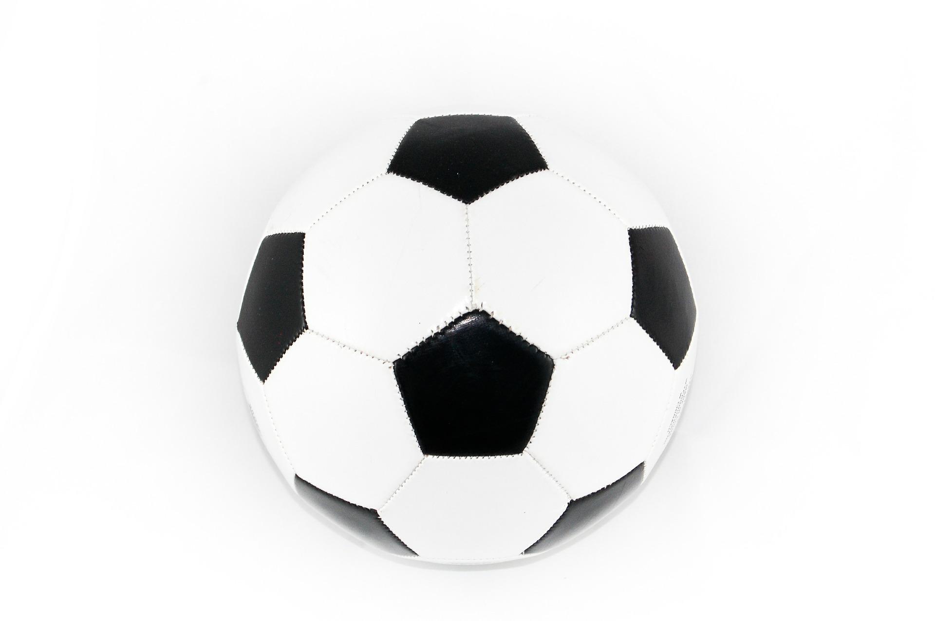 como ganhar dinheiro com futebol na internet