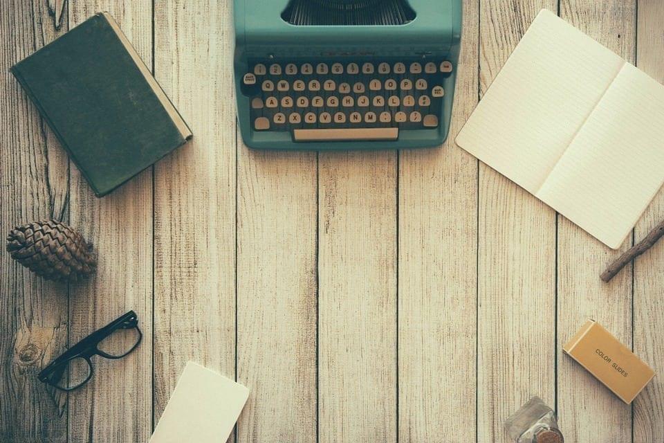 Conheça 4 maneiras de como ganhar dinheiro digitando