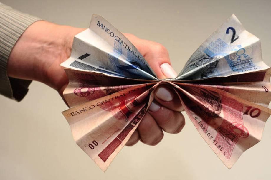Trabalhar em casa proporciona uma renda extra no final do mês.