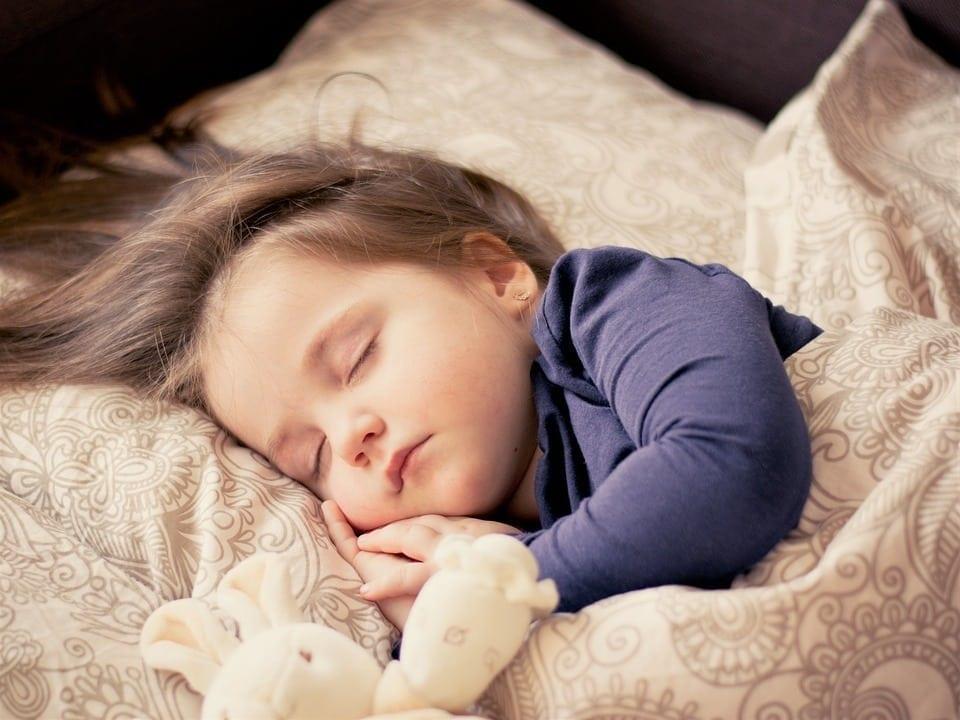 8 passos para como acordar cedo com disposição