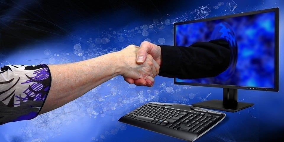 É importante que interaja com seu clientes através das redes sociais