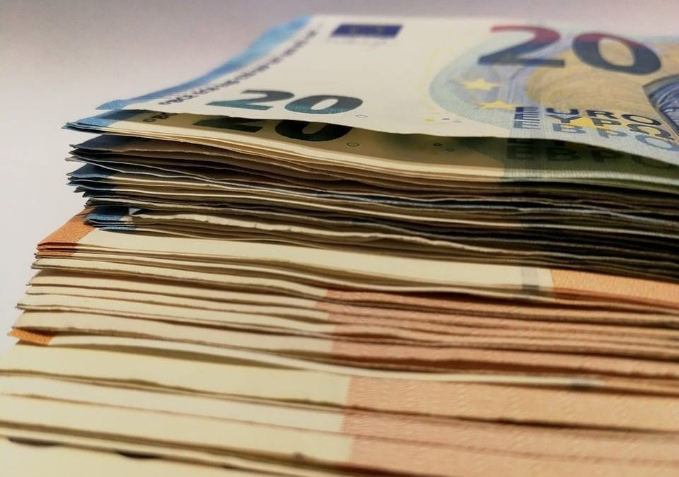 Lista de 7 formas de como fazer dinheiro fácil