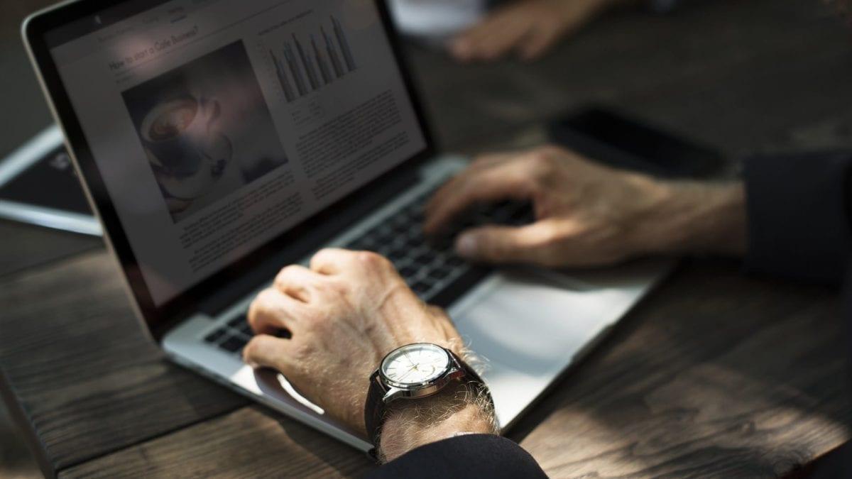 7 passos de como ganhar dinheiro trabalhando pela internet