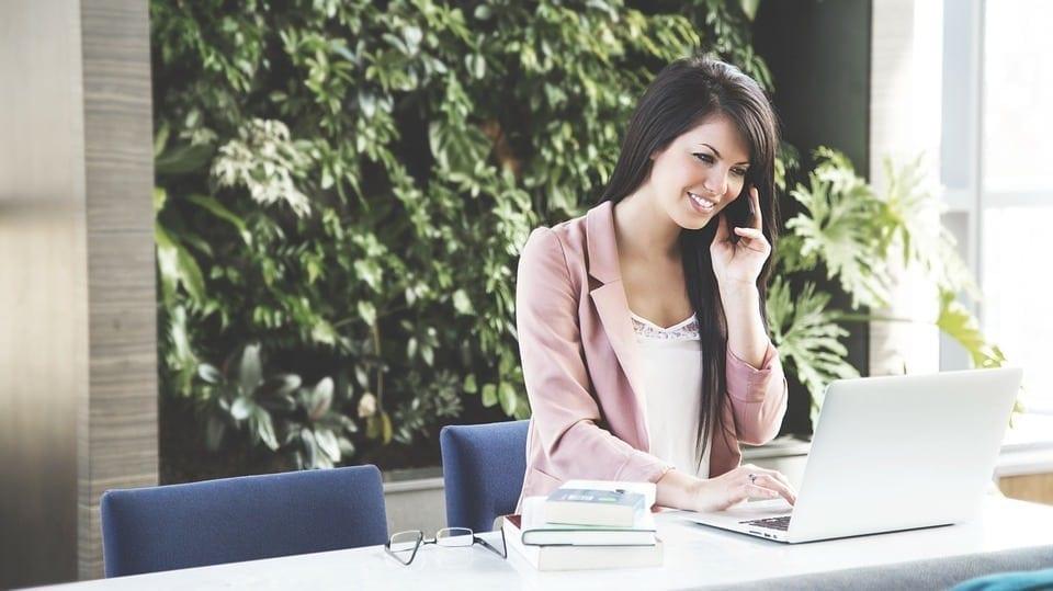 Muitas pessoas estão optando por trabalhar como freelancer, principalmente devido ao desemprego