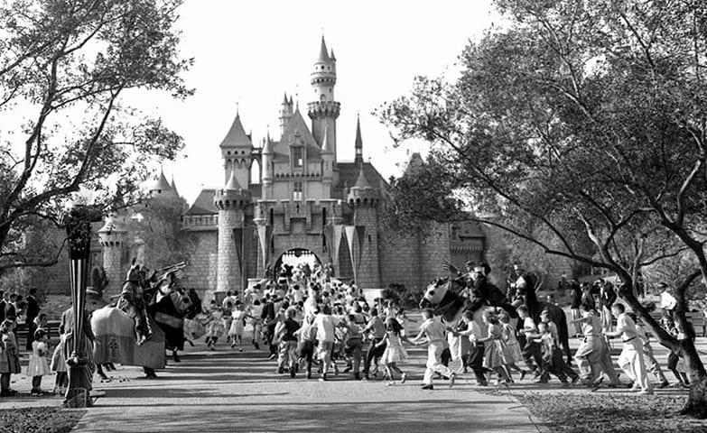 inauguração da Disneyland 3