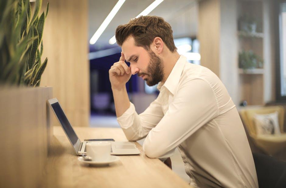erros na prestação de serviço online
