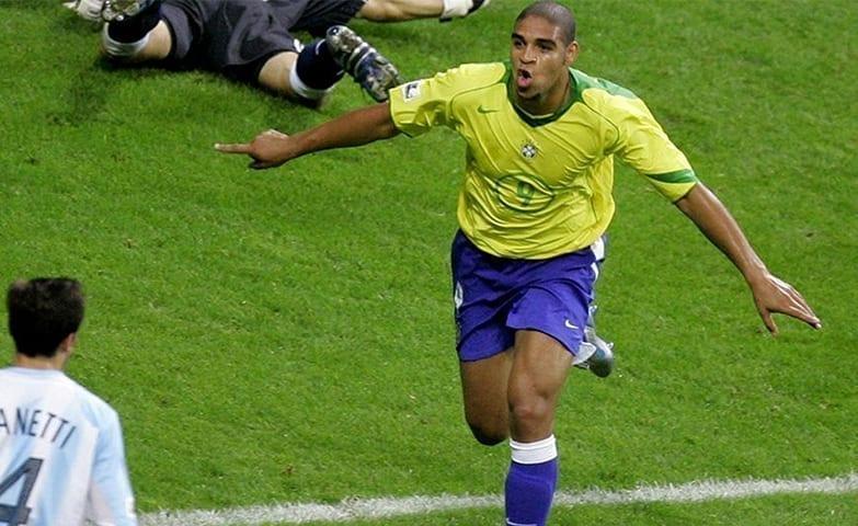 Adriano jogador de futebol que não tinha motivação no trabalho