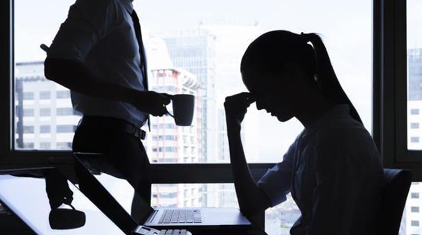Depressão no trabalho: conheça os sinais e como superá-la!