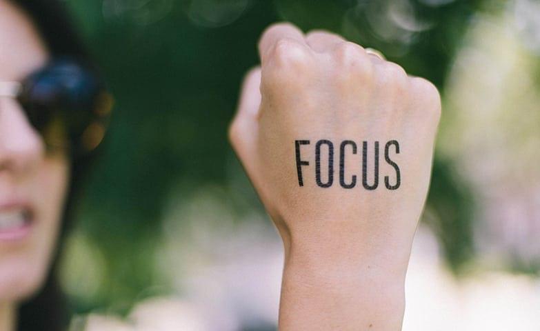 A auto estima influencia na motivação no trabalho