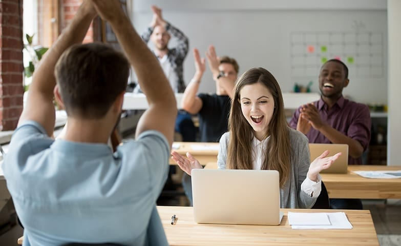 Músicas terapêuticas ajudando na melhora do humor no trabalho