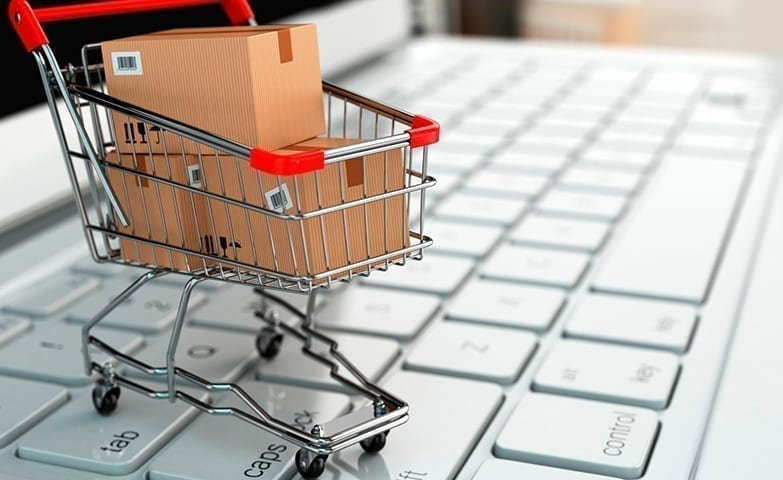 Exemplificando um e-commerce com carrinho de compras e um computador