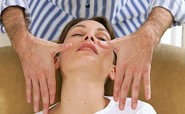 A hipnose é usada para curar crenças limitantes