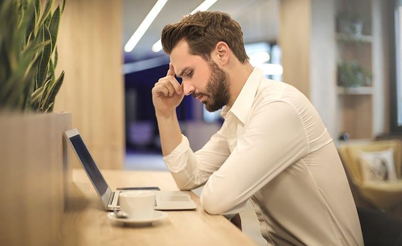 Evite trabalhar em lugares que te fazem se sentir mal